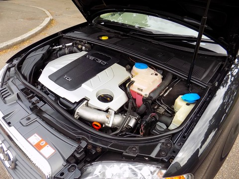 Audi A4 3.0 TDI QUATTRO DPF 2