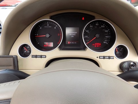 Audi A4 3.0 TDI QUATTRO DPF 4