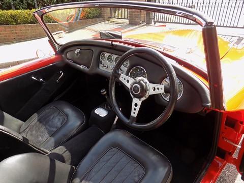 Daimler SP250 Dart 67