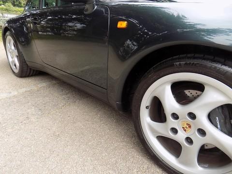 Porsche 911 993 CARRERA 2 18
