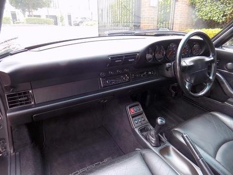 Porsche 911 993 CARRERA 2 22