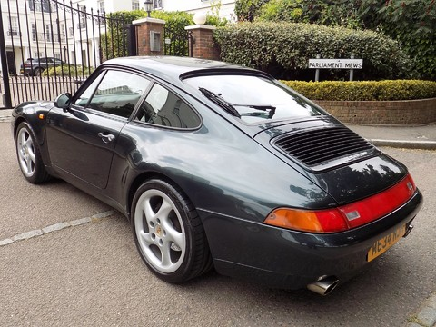 Porsche 911 993 CARRERA 2 27