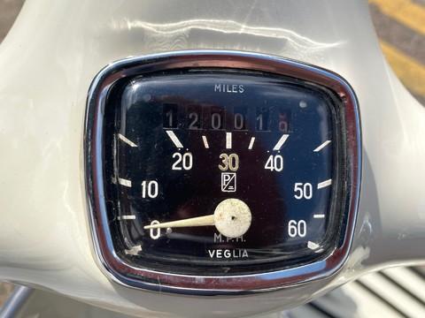 Piaggio Vespa Douglas 125 5