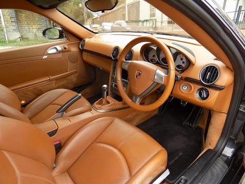 Porsche Cayman S 8