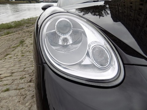 Porsche Cayman S 33