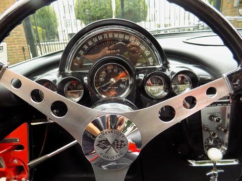 Chevrolet Corvette C1 10