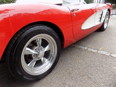 Chevrolet Corvette C1 20