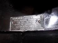 Citroen Traction Avant 11CV Light Fifteen 29