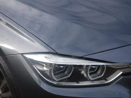 BMW 3 Series 318D M SPORT 9