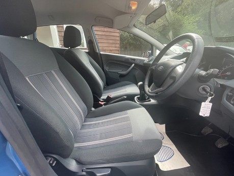 Ford Fiesta STYLE PLUS 9