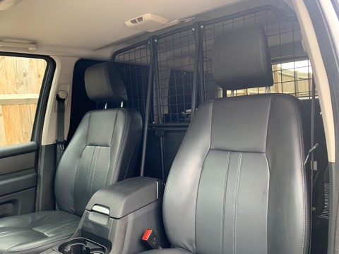 Land Rover Discovery SDV6 COMMERCIAL XS 15