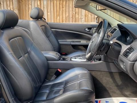 Jaguar XK CONVERTIBLE 11