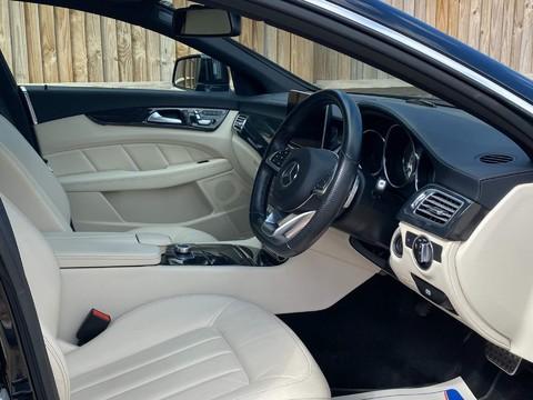 Mercedes-Benz CLS CLS220 D AMG LINE PREMIUM 9