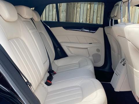 Mercedes-Benz CLS CLS220 D AMG LINE PREMIUM 10
