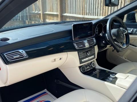 Mercedes-Benz CLS CLS220 D AMG LINE PREMIUM 19
