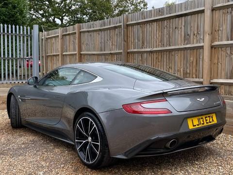 Aston Martin Vanquish V12 3