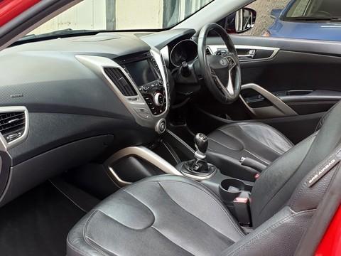 Hyundai Veloster GDI SPORT 27