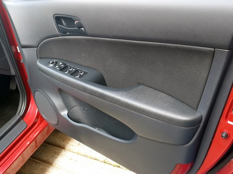 Hyundai I30 COMFORT CRDI 16