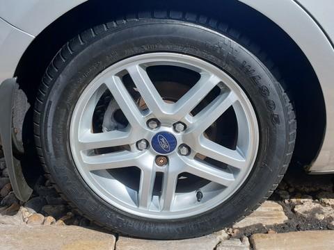 Ford Focus C-MAX ZETEC 5