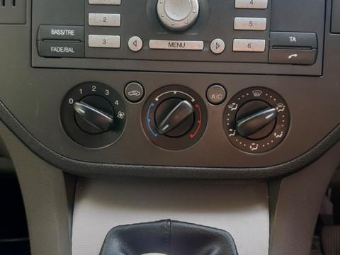 Ford Focus C-MAX ZETEC 9