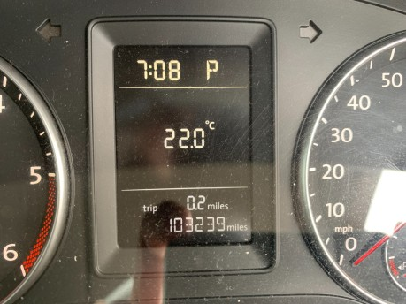 Volkswagen Caddy C20 LIFE TDI 7 Seater Automatic 104,000 Miles 13
