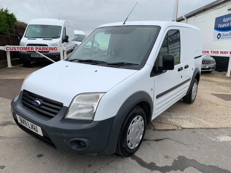 Ford Transit Connect T220 LR **Service History** 105,000 Miles 9