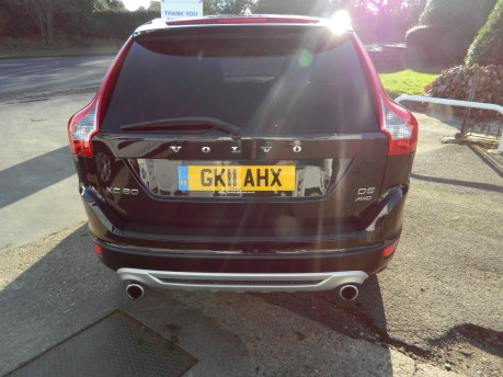 Volvo XC60 D5 R-DESIGN AWD, 2.4 GEARTRONIC, FULL LEATHER, 70,000 MILES 4