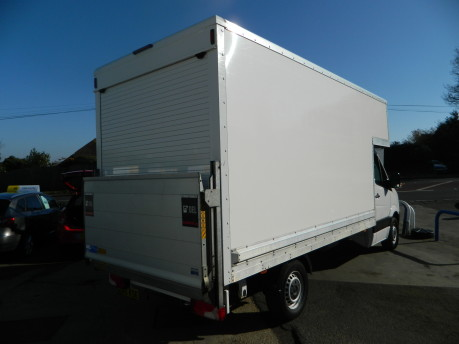 Volkswagen Crafter CR35 TDI C/C Luton with Taillift 70,000 Miles 4