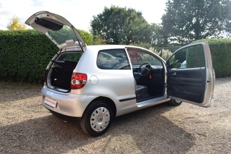 Volkswagen Fox URBAN 6V 17