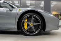 Ferrari 458 ITALIA 4.5 V8 DCT COUPE. SORRY, THIS VEHICLE IS NOW SOLD. 10