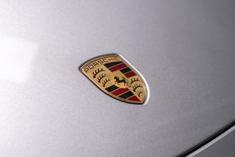 Porsche 911 TARGA 4 GTS 3.0 PDK. NOW SOLD. CALL US TODAY TO SELL YOUR PORSCHE. 18