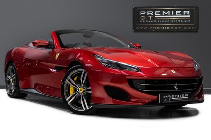 Ferrari Portofino 3.9 V8 CONVERTIBLE, VERY SPECIAL ROSSO PORTOFINO PAINT, ONE OWNER FROM NEW