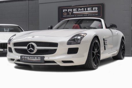 Mercedes-Benz SLS 63 AMG 6.2 V8 ROADSTER. NOW SOLD. CALL US TODAY TO SELL YOUR MERCEDES. 4