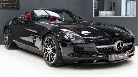 Mercedes-Benz SLS AMG 6.2 V8 ROADSTER, £10,000 OF OPTIONS, MERCEDES FSH, VERY LOW MILEAGE 30