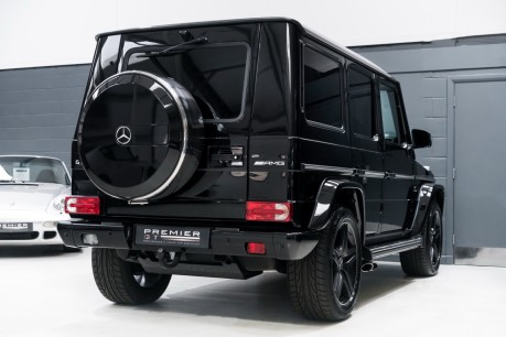 Mercedes-Benz G Series G63 AMG. 5.5 BI-TURBO V8. REAR ENTERTAINMENT AND WINTER PACKAGE. 8