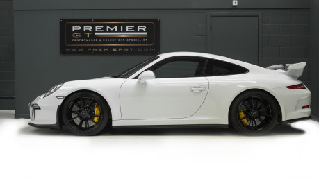Porsche 911 991 GT3 PDKNOW SOLD, SIMILAR VEHICLES REQUIRED, PLEASE CALL 01903 254800. 4