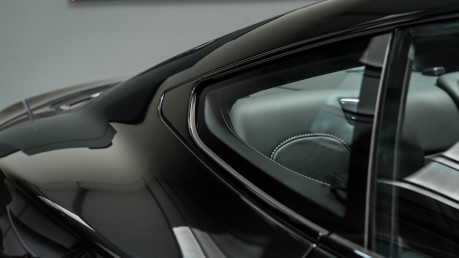 Aston Martin Vanquish 6.0 V12. CARBON BLACK EDITION. FULL ASTON MARTIN SERVICE HISTORY. 20