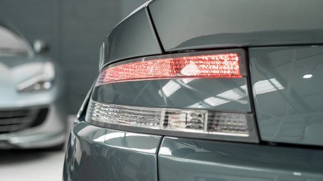 Aston Martin Vantage GT8. 4.7 V8. ENORMOUS SPECIFICATION. AM WARRANTY UNTIL JUNE 2022. FULL PPS. 14