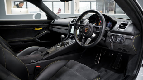 Porsche Cayman GT4. 1 OWNER. NOW SOLD. SIMILAR VEHICLES REQUIRED.PLEASE CALL 01903 254800. 27