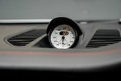 Porsche 911 991.2 GT3-HUGE SPECIFICATION-FRONT-AXLE LIFT-PCCBS-6 SPEED MANUAL. 48
