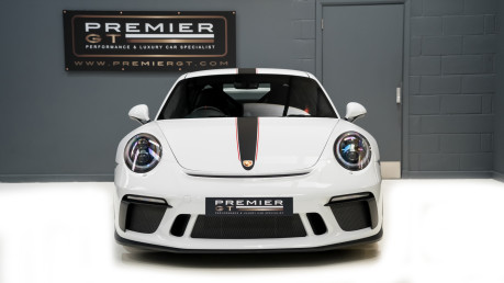 Porsche 911 991.2 GT3-HUGE SPECIFICATION-FRONT-AXLE LIFT-PCCBS-6 SPEED MANUAL. 2