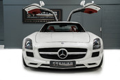Mercedes-Benz SLS AMG 6.2 V8. ONE FORMER KEEPER. HUGE SPECIFICATION. DESIGNO RED LEATHER. 2