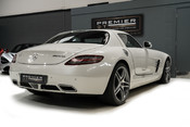 Mercedes-Benz SLS AMG 6.2 V8. ONE FORMER KEEPER. HUGE SPECIFICATION. DESIGNO RED LEATHER. 11