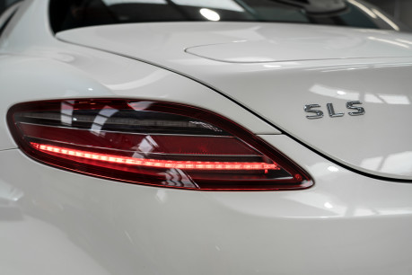 Mercedes-Benz SLS AMG 6.2 V8. NOW SOLD. SIMILAR REQUIRED CALL 01903 254 800. 16