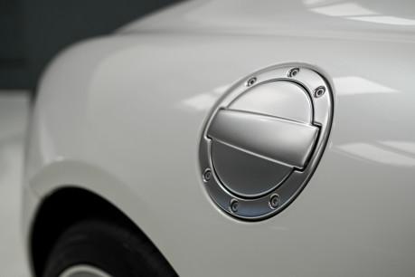Mercedes-Benz SLS AMG 6.2 V8. ONE FORMER KEEPER. HUGE SPECIFICATION. DESIGNO RED LEATHER. 20