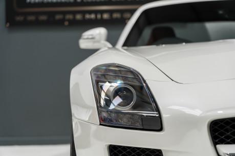 Mercedes-Benz SLS AMG 6.2 V8. ONE FORMER KEEPER. HUGE SPECIFICATION. DESIGNO RED LEATHER. 23