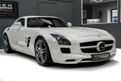 Mercedes-Benz SLS AMG 6.2 V8. ONE FORMER KEEPER. HUGE SPECIFICATION. DESIGNO RED LEATHER. 31