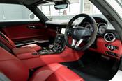 Mercedes-Benz SLS AMG 6.2 V8. ONE FORMER KEEPER. HUGE SPECIFICATION. DESIGNO RED LEATHER. 31