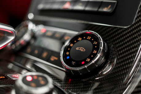 Mercedes-Benz SLS AMG 6.2 V8. ONE FORMER KEEPER. HUGE SPECIFICATION. DESIGNO RED LEATHER. 52