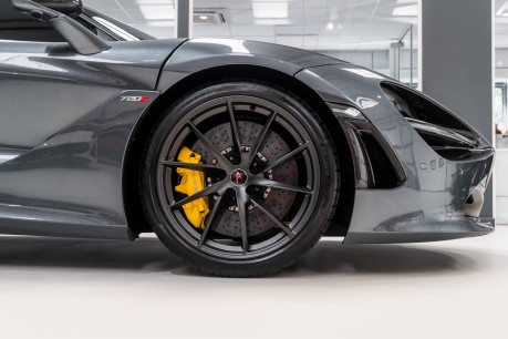 McLaren 720S PERFORMANCE. NOW SOLD, SIMILAR VEHICLES REQUIRED.PLEASE CALL 01903 254800 18